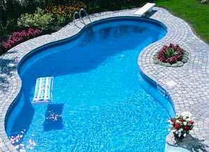 Earth and Water Wonders Pool Maintenance